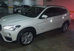 BMW X1 sDrive20i Sport 2.0 ActiveFlex