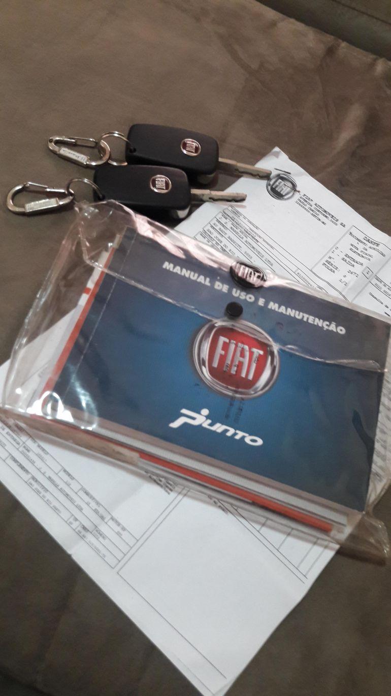Fiat Punto Attractive 1.4 (Flex) - Foto #6