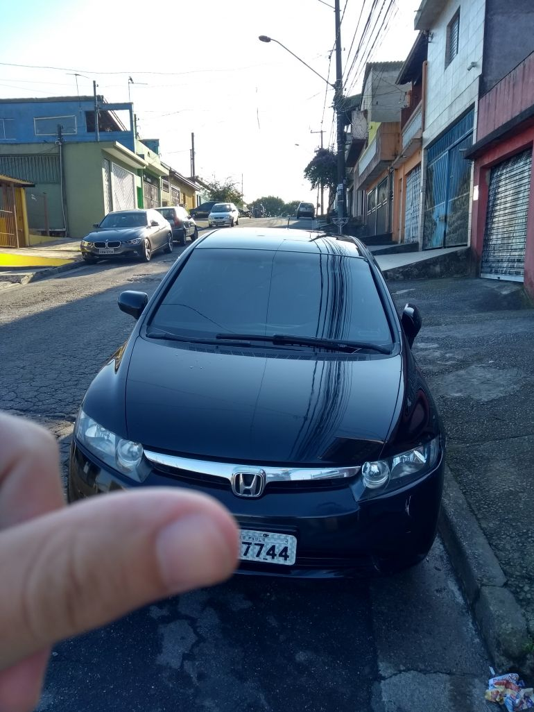 Honda New Civic LXS 1.8 16V (flex) - Foto #9