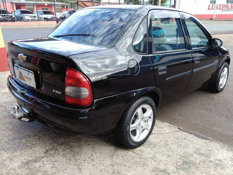 Chevrolet Corsa Sedan Classic 1.0 Vhc 8v - Foto #3