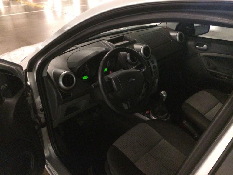 Ford Fiesta Sedan SE 1.6 Rocam (Flex) - Foto #6