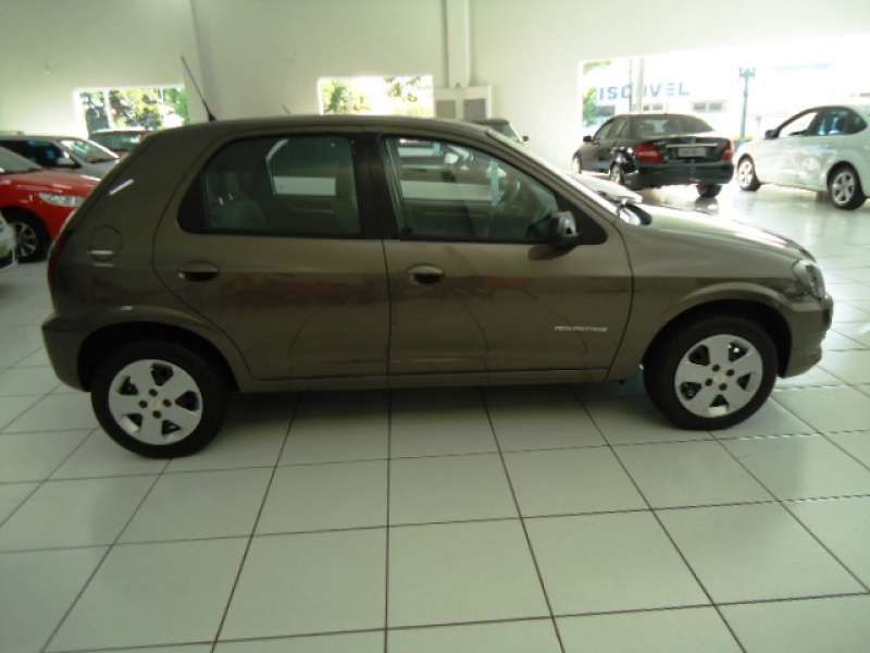 Chevrolet Celta Advantage 1.0 (flex) - Foto #1