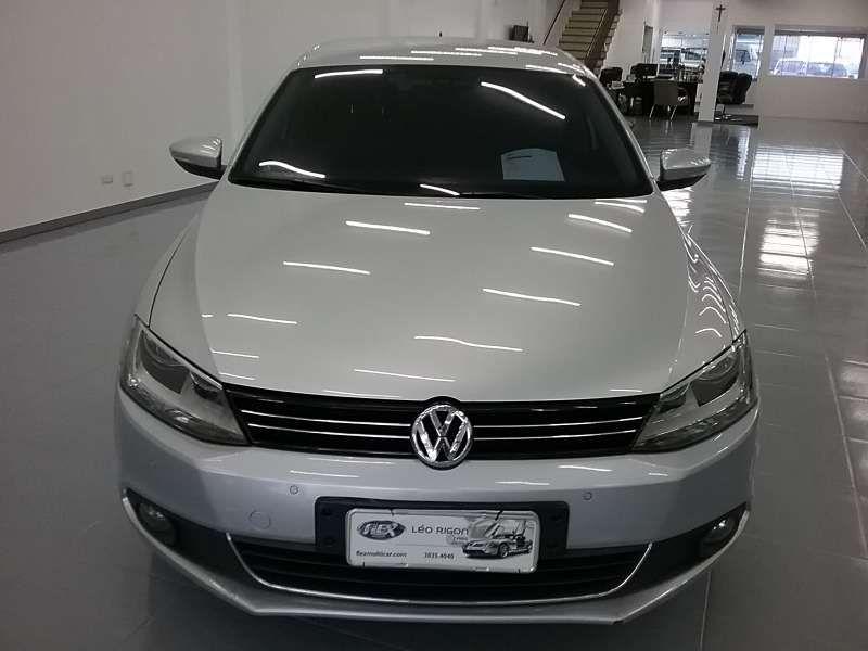 Volkswagen Jetta 2.0 TSI Highline DSG - Foto #3