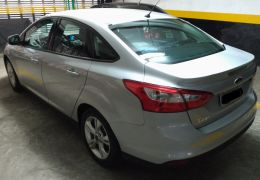 Ford Focus Sedan S 1.6 16V TiVCT