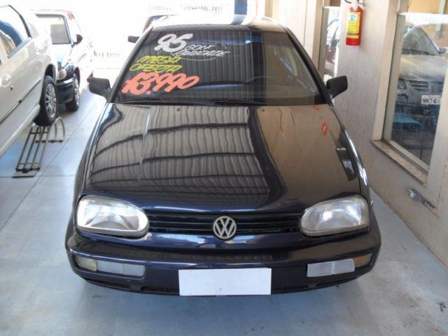Volkswagen Golf GL 1.8 Mi 8V - Foto #1