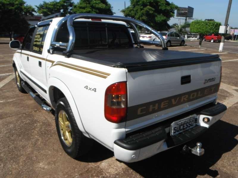 Chevrolet S10 Executive 4x4 2.8 Turbo Electronic (Cabine Dupla) - Foto #4