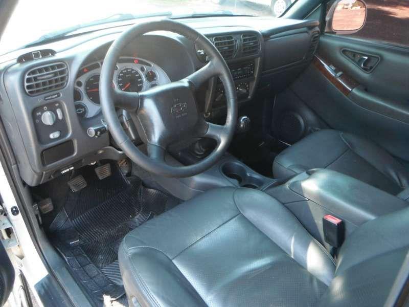 Chevrolet S10 Executive 4x4 2.8 Turbo Electronic (Cabine Dupla) - Foto #6
