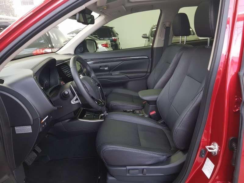 Mitsubishi Outlander 2.2 DI-D Top 4WD - Foto #7