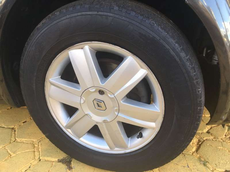 Renault Mégane Sedan Dynamique 2.0 16V (aut) - Foto #6