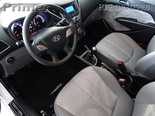 Hyundai HB20S Comfort Style 1.0 12V Flex - Foto #6