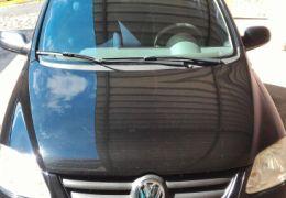 Volkswagen Fox Plus 1.6 8V (Flex) 4p