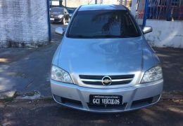 Chevrolet Astra Hatch 2.0 (Flex)