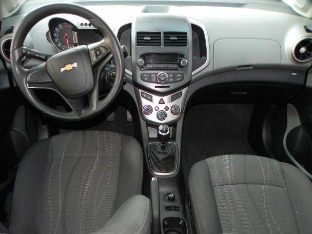 Chevrolet Sonic LT 1.6 MPFI 16V Flex - Foto #8