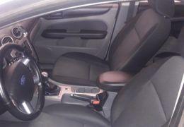 Ford Focus Hatch GL 1.6 16V (Flex) - Foto #6