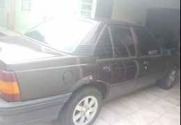 Chevrolet Monza Sedan GL 1.8 EFi