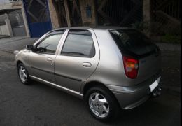 Fiat Palio ELX 1.0 MPi 500 anos