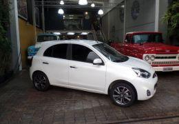 Nissan March SL CVT 1.6 16V Flex