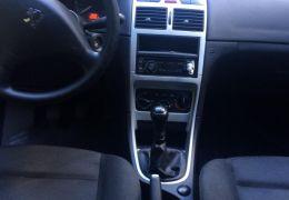 Peugeot 307 Sedan Presence 1.6 16V (flex) - Foto #5