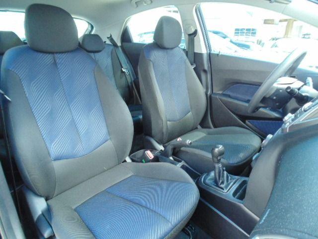 Hyundai HB20 Comfort Style 1.6 Gamma Flex 16V - Foto #10