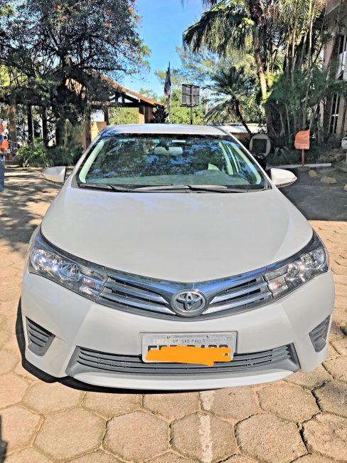 Toyota Corolla 1.8 GLi Upper Multi-Drive - Foto #1