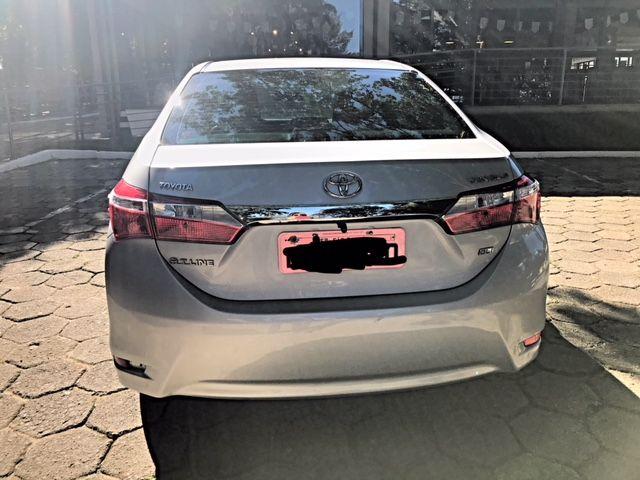 Toyota Corolla 1.8 GLi Upper Multi-Drive - Foto #4