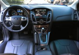 Ford Focus Sedan Titanium 2.0 16V PowerShift