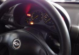 Chevrolet Corsa Hatch Wind 1.0 MPFi 4p