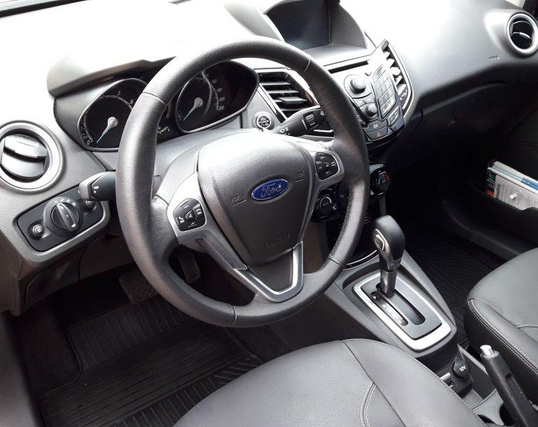 Ford New Fiesta Titanium Plus 1.6 16V PowerShift - Foto #5