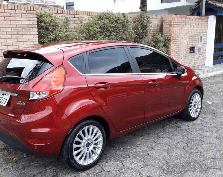 Ford New Fiesta Titanium Plus 1.6 16V PowerShift - Foto #8