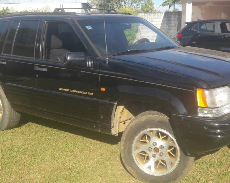 Jeep Grand Cherokee Limited 5.2 V8 - Foto #1