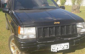 Jeep Grand Cherokee Limited 5.2 V8 - Foto #4
