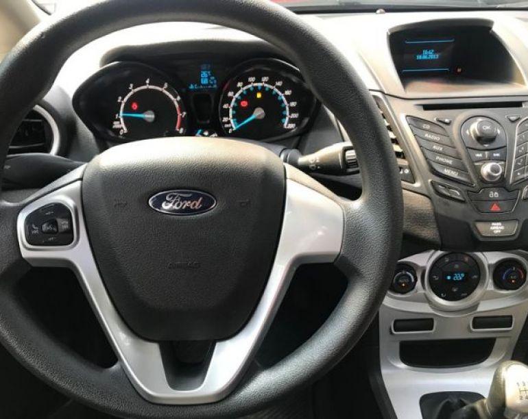 Ford Fiesta Sedan SE 1.6 - Foto #6