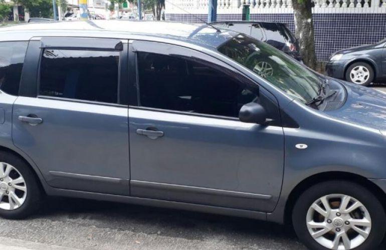 Nissan Livina S 1.8 16V Flex - Foto #2