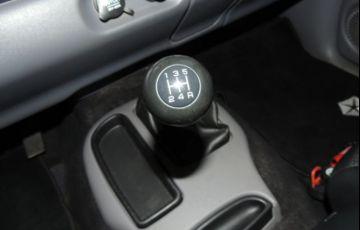 Dodge Dakota Sport 4X2 Cabine Simples 3.9 V6 12V - Foto #10