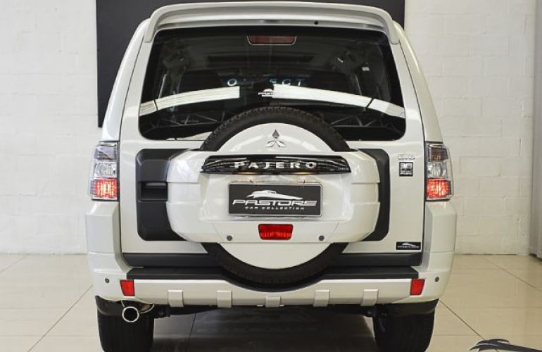 Mitsubishi Pajero Full HPE 4X4 3.2 Turbo Intercooler 16V - Foto #3