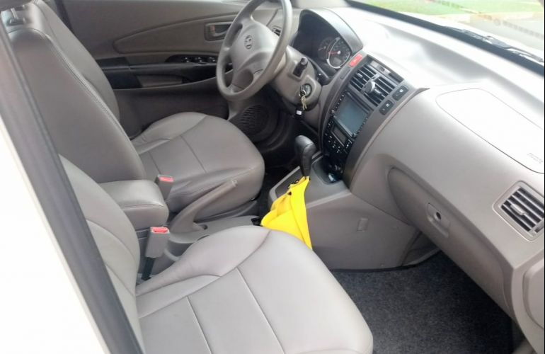 Hyundai Tucson GLS 2.0L 16v Base (Flex) (Aut) - Foto #2