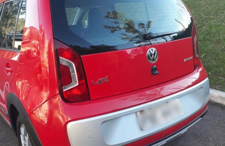 Volkswagen Up! 1.0 12v E-Flex cross up! - Foto #2