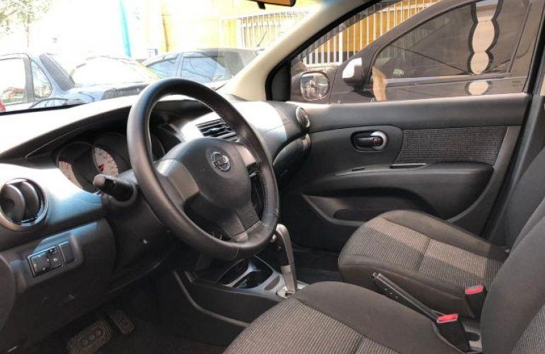 Nissan Livina S 1.8 16V Flex - Foto #9