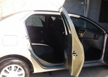 Renault Logan Expression 1.6 16V SCe (Flex) - Foto #3