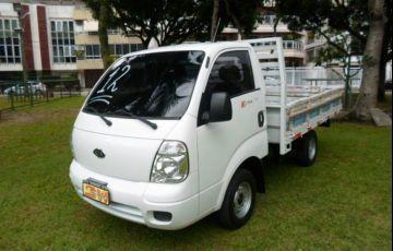 Kia Bongo 2.5 STD 4X2 c simples RS com carroceria