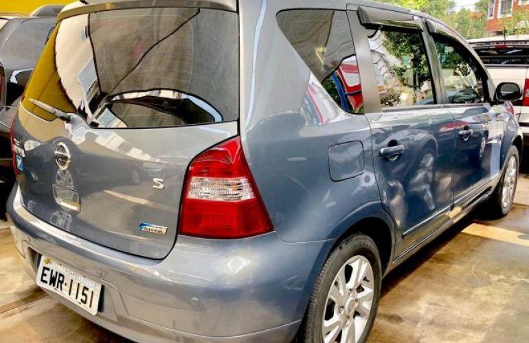 Nissan Livina S 1.8 16V Flex - Foto #4