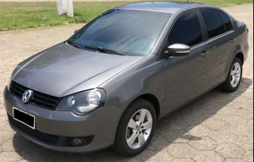 Volkswagen Polo Sedan 1.6 8V (Flex)