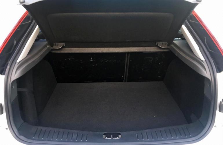 Ford Focus Hatch GLX 2.0 16V (Flex) (Aut) - Foto #3