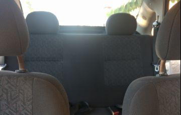 Chevrolet Corsa Sedan Premium 1.0 (Flex) - Foto #5