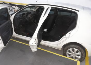 Renault Clio Authentique 1.0 16V (Flex) 4p - Foto #6