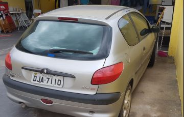 Peugeot 206 Hatch. Selection 1.0 16V 2p - Foto #5
