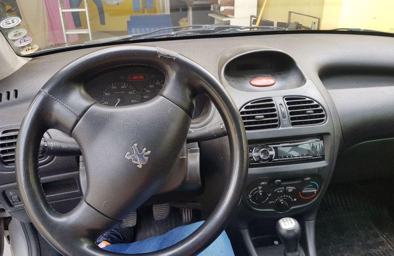 Peugeot 206 Hatch. Selection 1.0 16V 2p - Foto #9