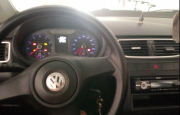 Volkswagen Fox 1.0 8V (Flex) 2p - Foto #3