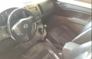 Nissan Sentra S 2.0 16V - Foto #8