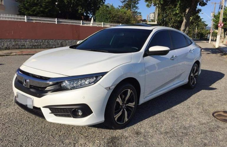 Honda Civic Touring 1.5 Turbo CVT - Foto #1